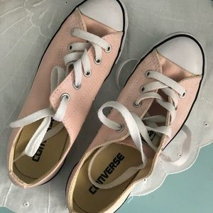 Converse | pink converse size 5